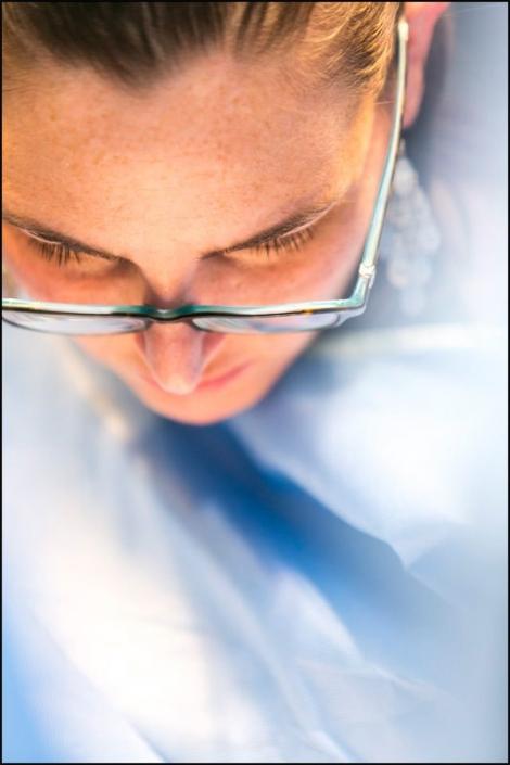 medical-student-lab-blue-training